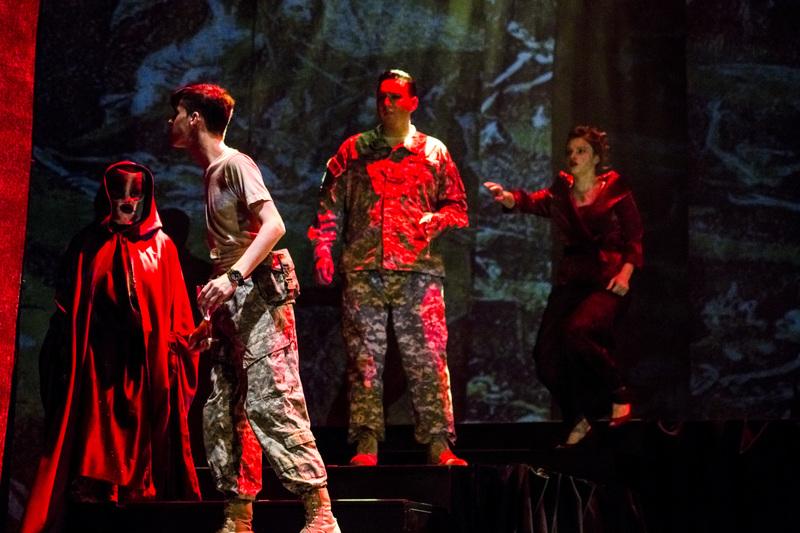 Macbeth061.JPG